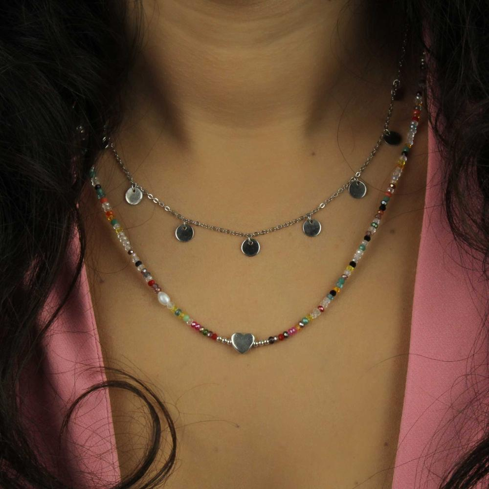 Gargantilla Esmeralda fabricada en plata.