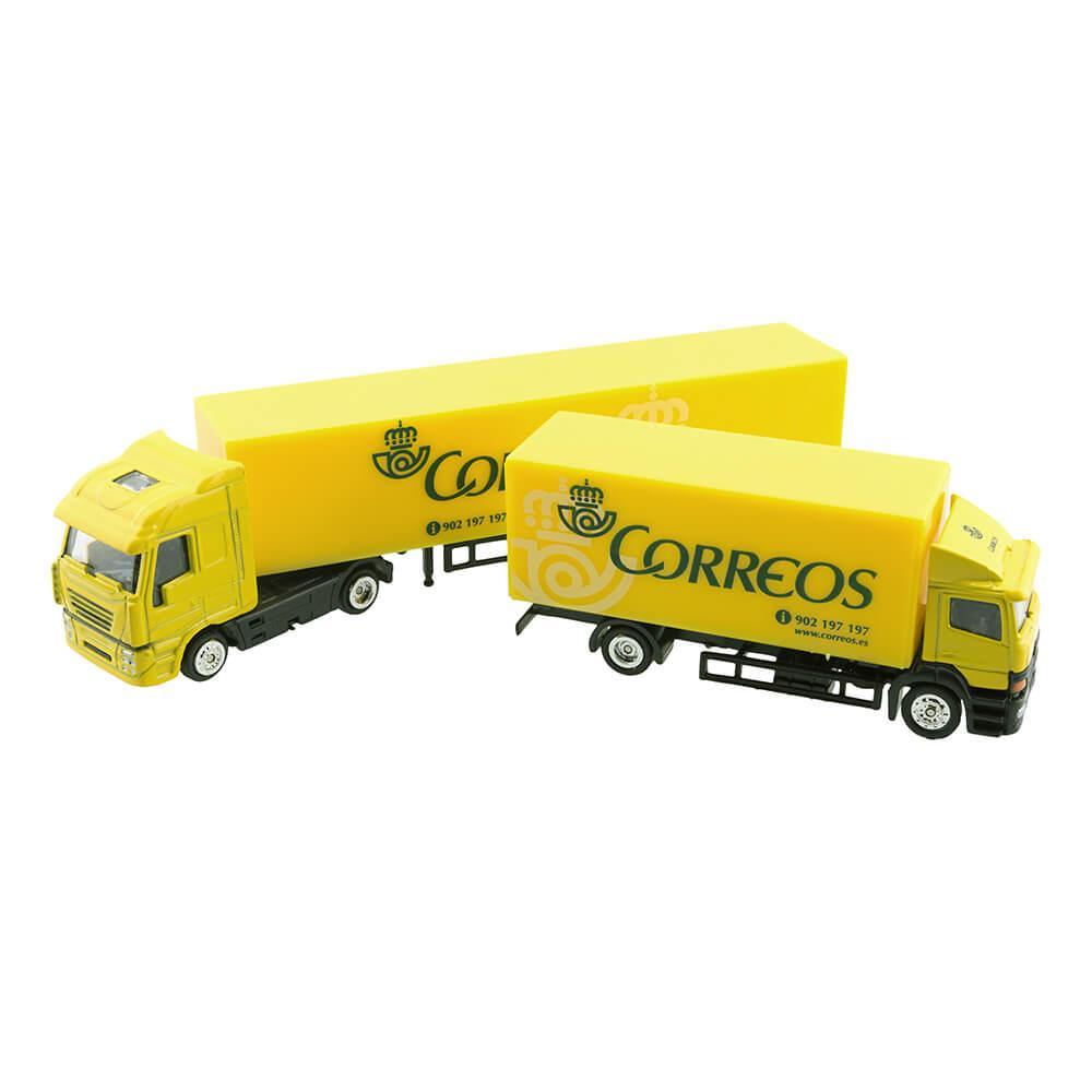 Camión grande tráiler Correos